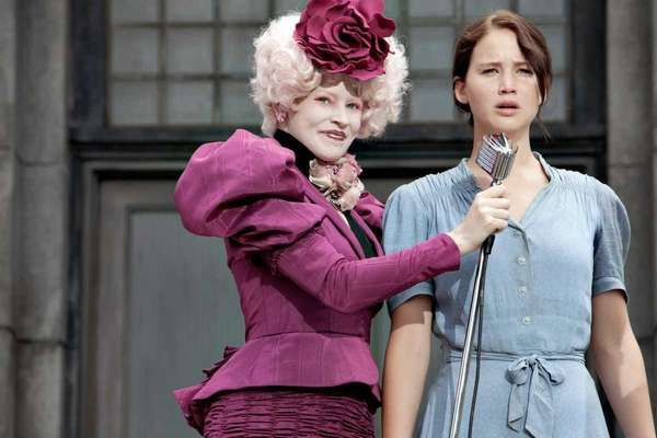 Elizabeth Banks, left, and Jennifer Lawrence star in