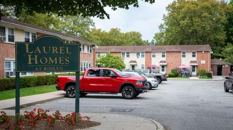 Officials said revamping Laurel Homes at Roslyn, a