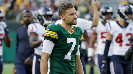 Packers kicker Sam Ficken before the start of