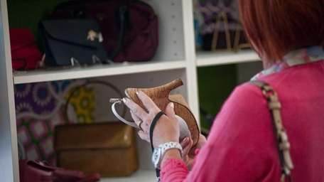 Newsday is looking for Long Island's savviest thrift
