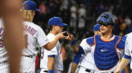 Mets pitcher Noah Syndergaard and catcher Wilson Ramos