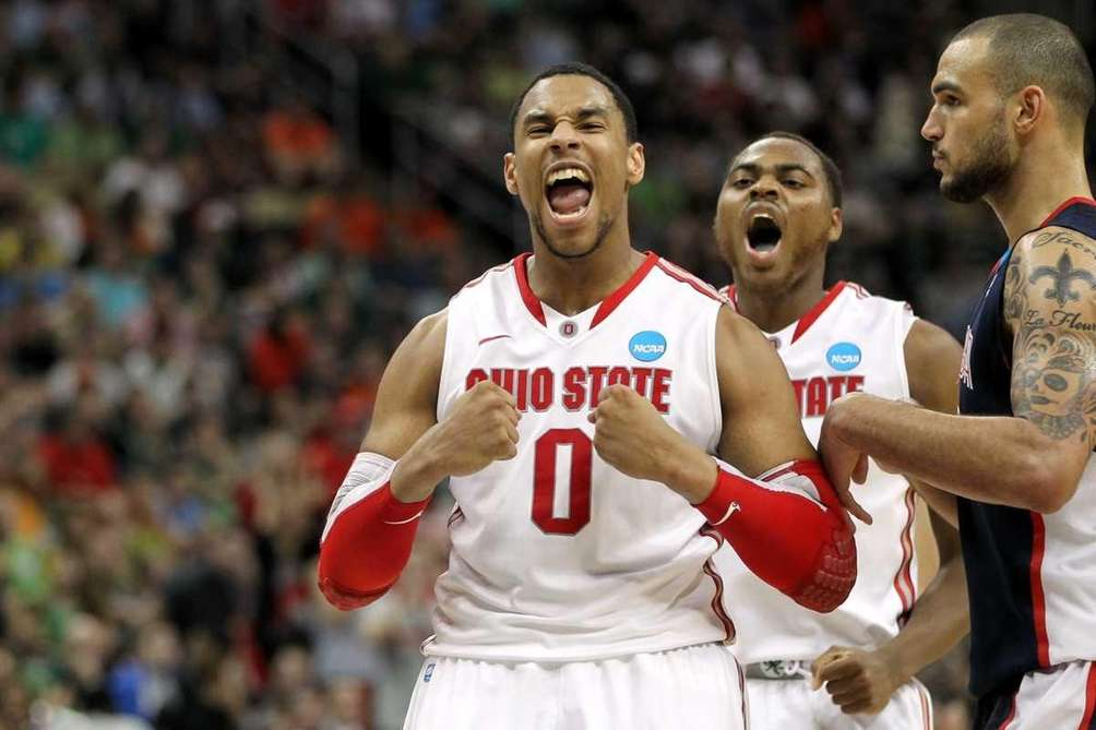 Jared Sullinger #0 and Deshaun Thomas #1 of