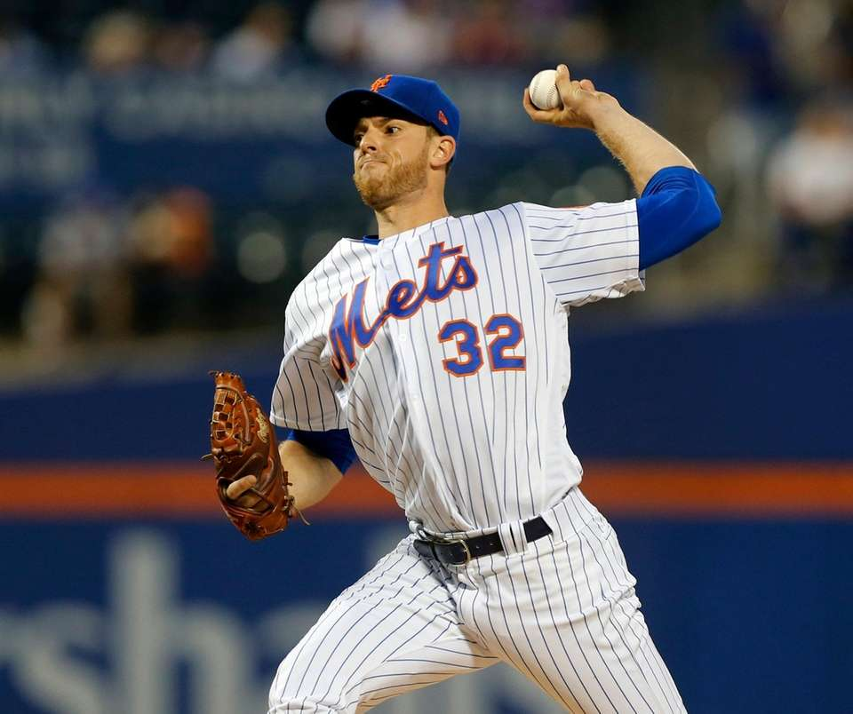 Mets starter Steven Matz delivers during the first