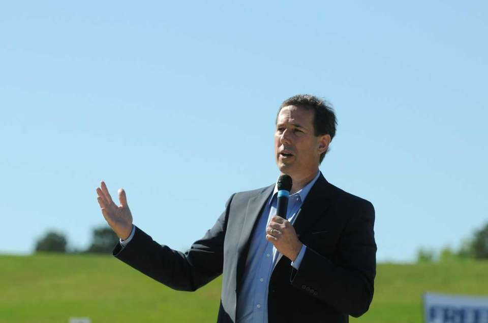 Republican presidential candidate Rick Santorum speaks at a