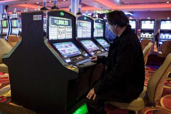 Video lottery terminals at Resorts World Casino-New York