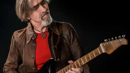 Guitarist Dean Brown.