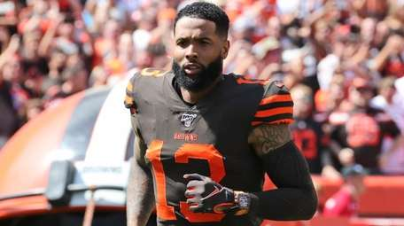 Browns wide receiver Odell Beckham Jr. is introduced