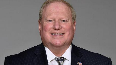 Nassau Legis. Arnold Drucker (D-Plainview) questioned whether a