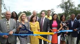 Hempstead and state officials announced the completion of
