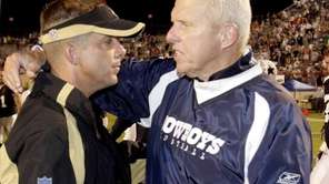 New Orleans Saints head coach Sean Payton, left,