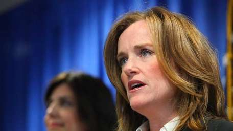 Nassau County District Attorney Kathleen Rice announces nationwide