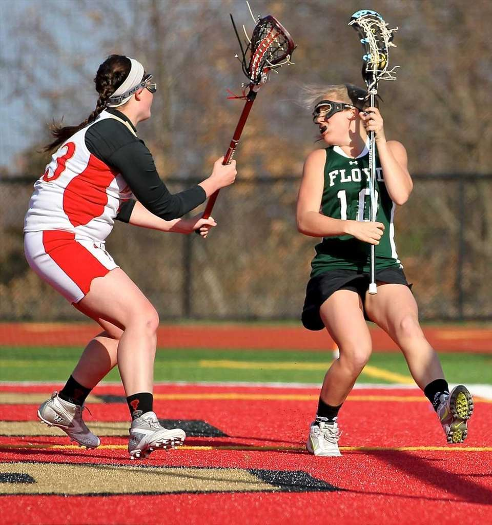 William Floyd's Caitlynn Paladino #10 moves the ball