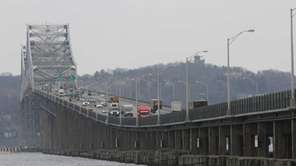 Traffic flows on the Tappan Zee Bridge from