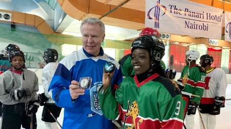 Slava Fetisov with fans Last Game event in