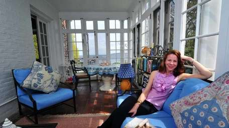 Long Island author Alyson Richman at home in