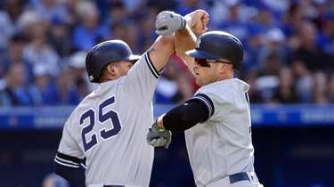 TORONTO, ON - SEPTEMBER 14: Brett Gardner #11
