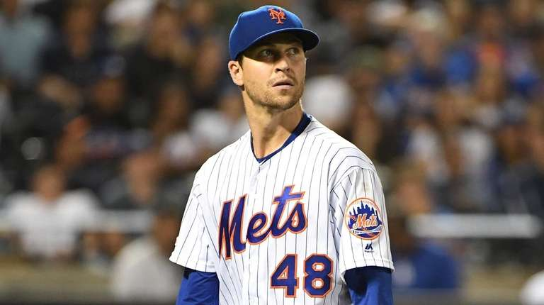 Jacob deGrom dazzles, but as usually is the case, gets no-decision for his efforts