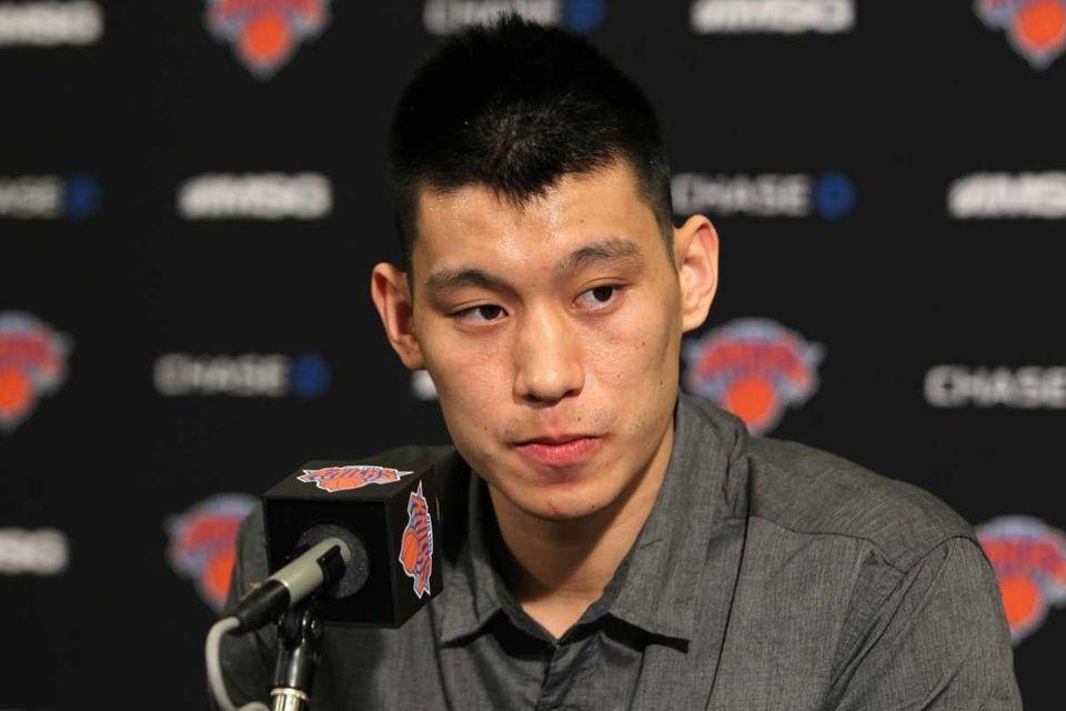 Jeremy Lin #17 of the New York Knicks