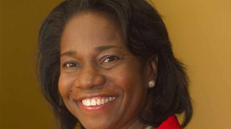 Dr. Jennifer Mieres is a cardiologist and senior