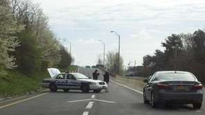 Police close off part of Expressway Drive South