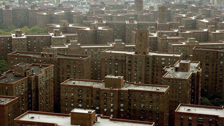 Stuyvesant Town apartment complex in Manhattan has rent-stabilized