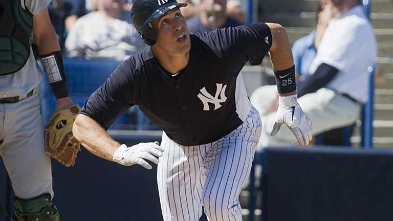 Mark Teixeira flies out to rightfield while playing