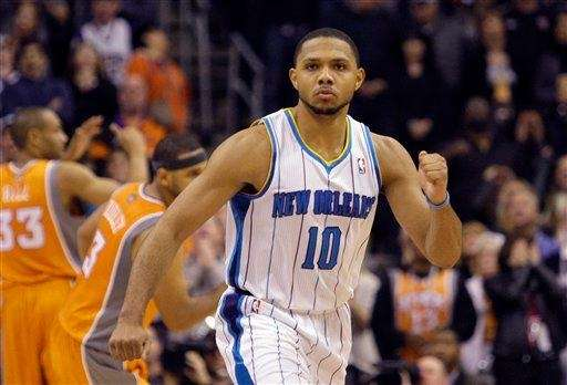 New Orleans Hornets' Eric Gordon reacts after making