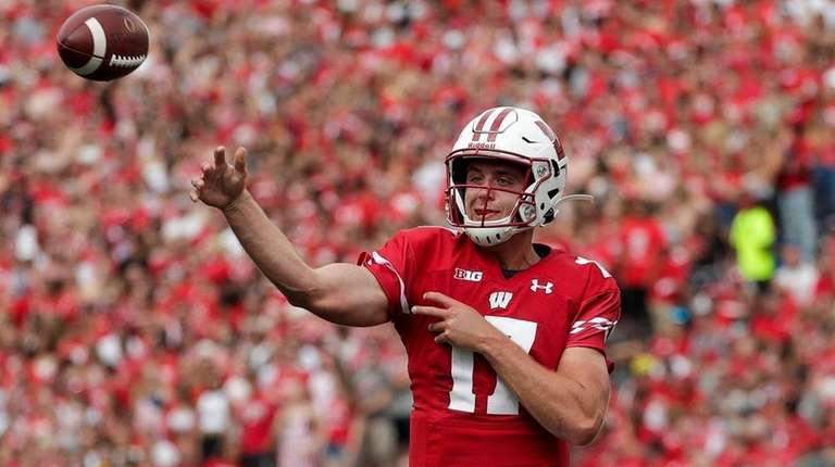 Former Long Island Star Jack Coan Settling In As Wisconsin S