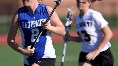 Hauppauge's Jenna Vinci #2 moves the ball through