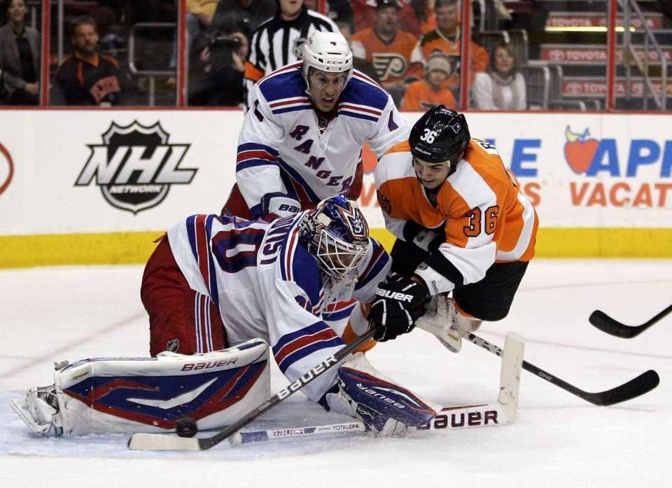 Rangers goalie Henrik Lundqvist defends the crease as