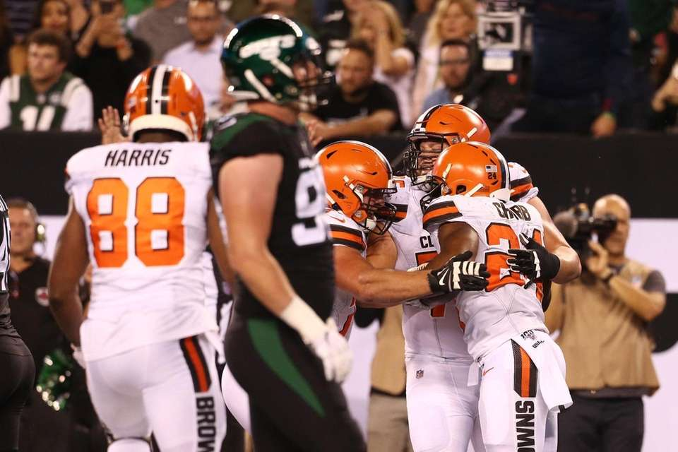 Nick Chubb #24 of the Cleveland Browns celebrates
