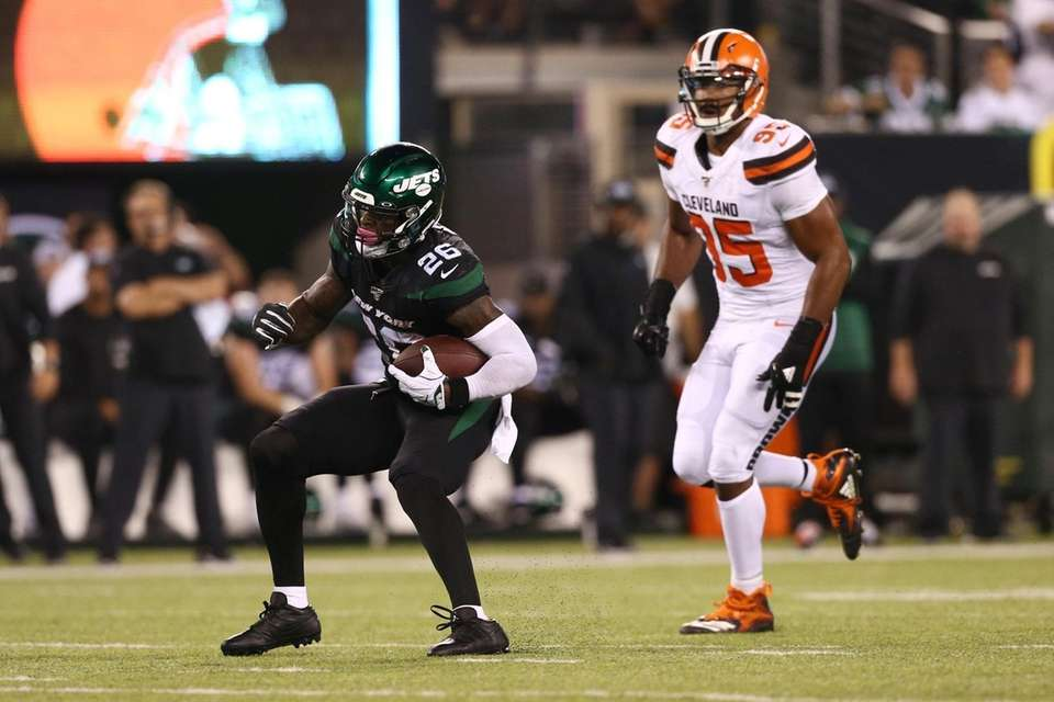 Le'Veon Bell #26 of the New York Jets