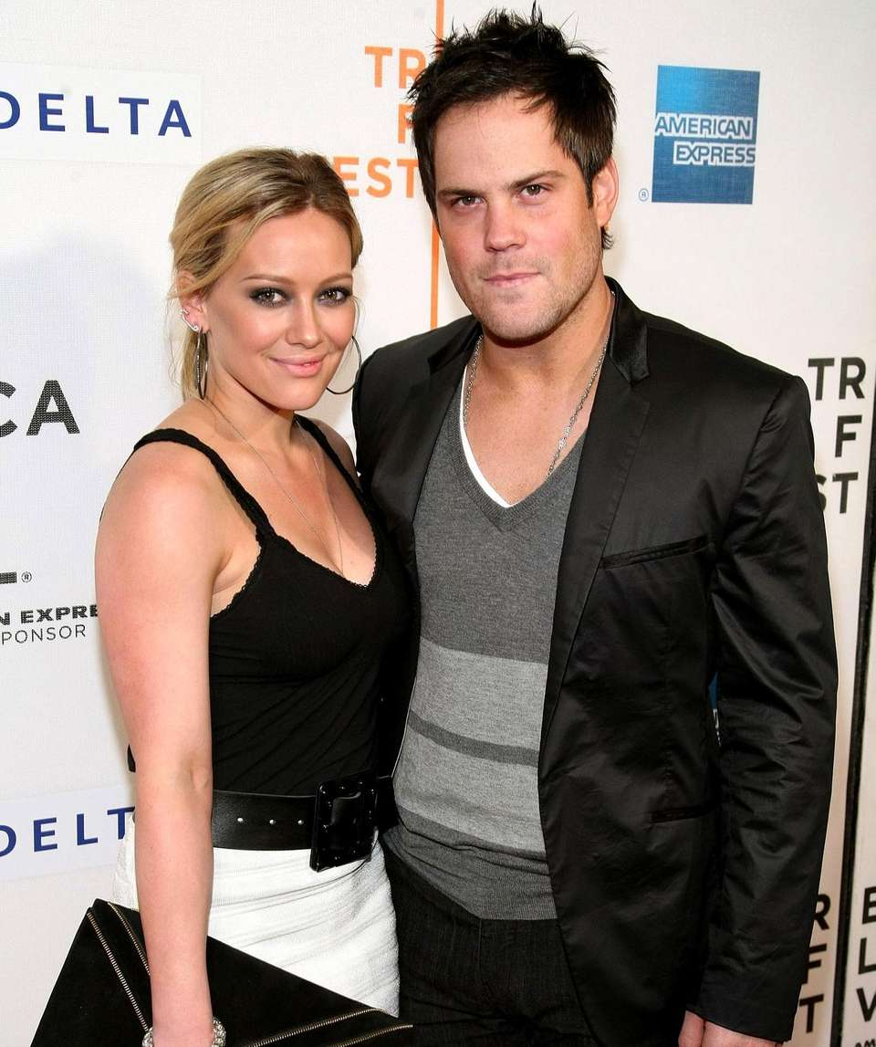 Parents: Hilary Duff and Mike Comrie Child: Luca