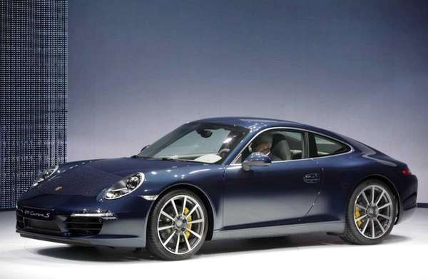 Prices for the Porsche 911 Carrera S start