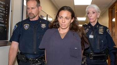 NYPD Officer Valerie Cincinelli appears in court in