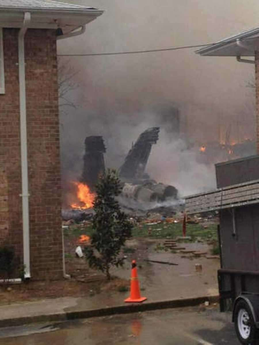 A F/A-18D Navy fighter jet crashed into an