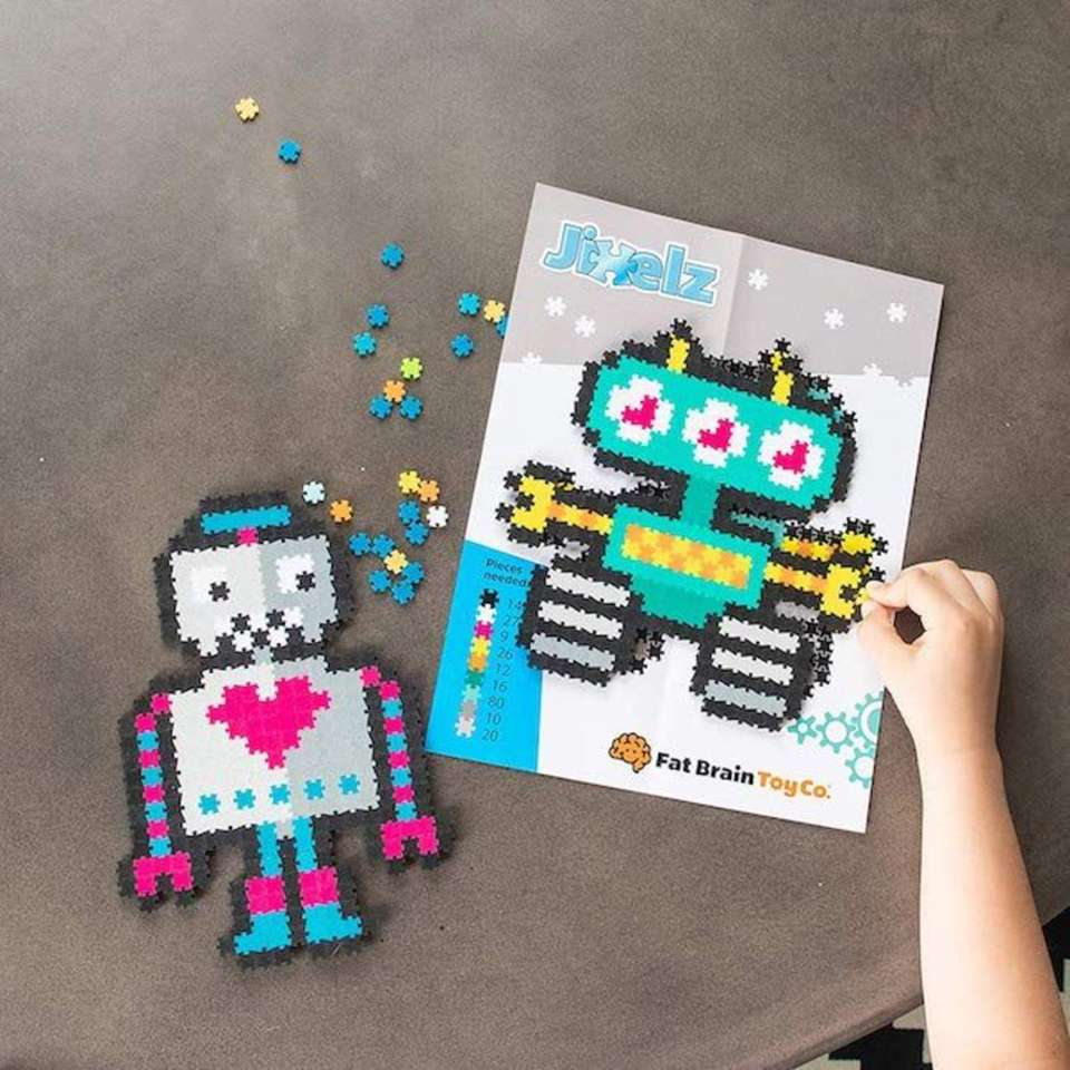 Kids can turn tiny pixel jigsaw puzzle pieces