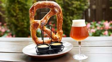 The Garden Social Ale and a pretzel with