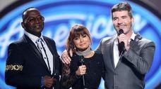 "Former ""American Idol"" judges Randy Jackson, left, Paula"