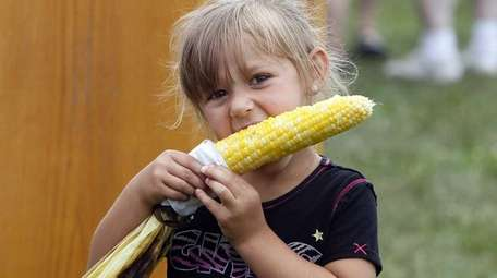 Explore the Suffolk County Farm and Education Center