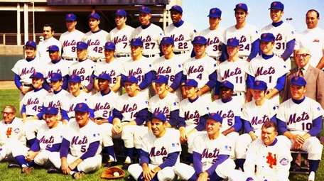 A team photo of the 1969 World Champion
