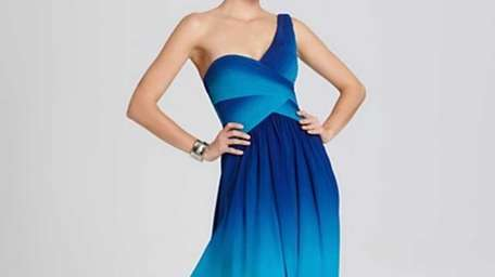 Blue is the color to wear this prom