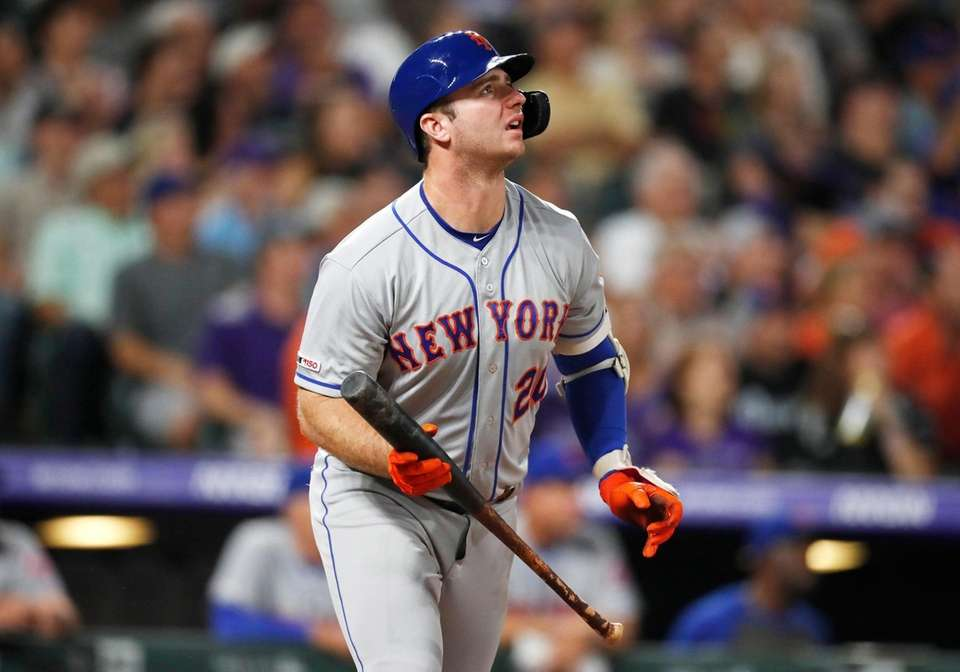 New York Mets' Pete Alonso watches his solo