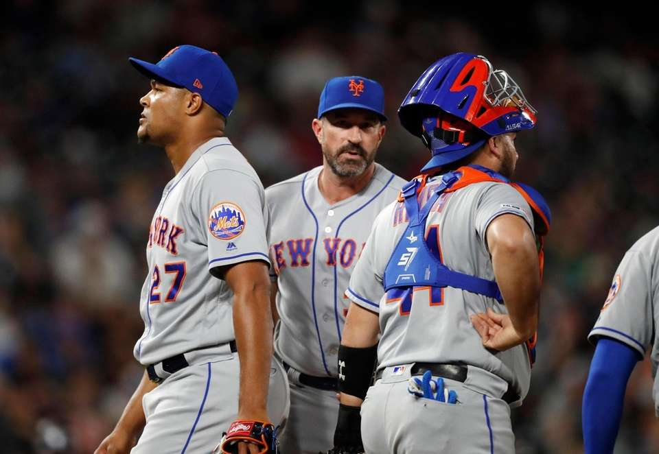 From left, New York Mets relief pitcher Jeurys