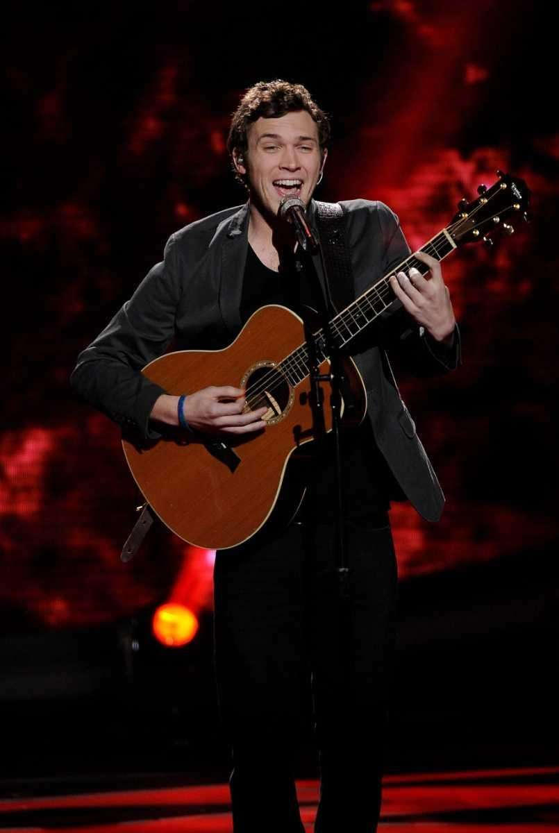 Phillip Phillips did Maroon 5's