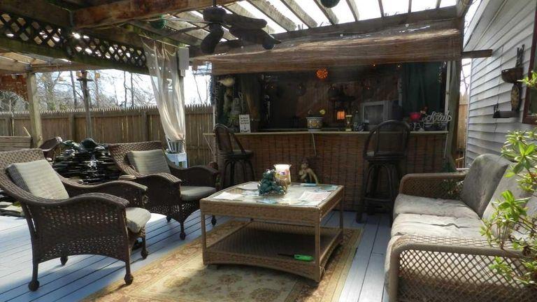 For sale: Houses with tiki bars | Newsday