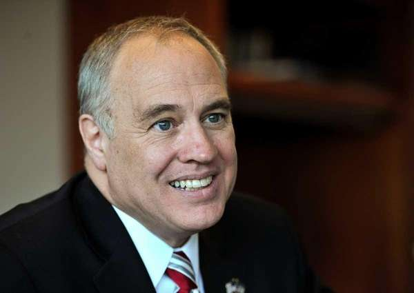 New York State Comptroller Thomas DiNapoli said local