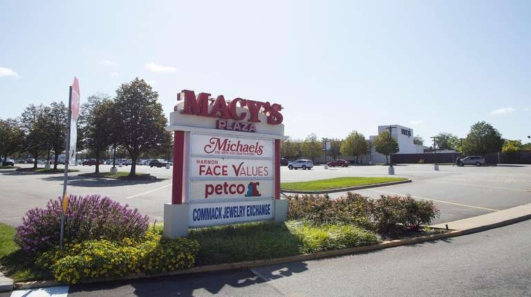 Retail Roundup: New BJ\'s Wholesale Club proposed for Macy\'s ...