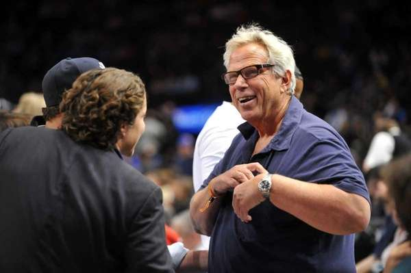 Giants chairman Steve Tisch watches the Knicks play