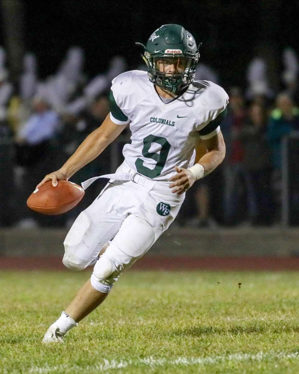 William Floyd's Nate Volpe #9 scrambles out of